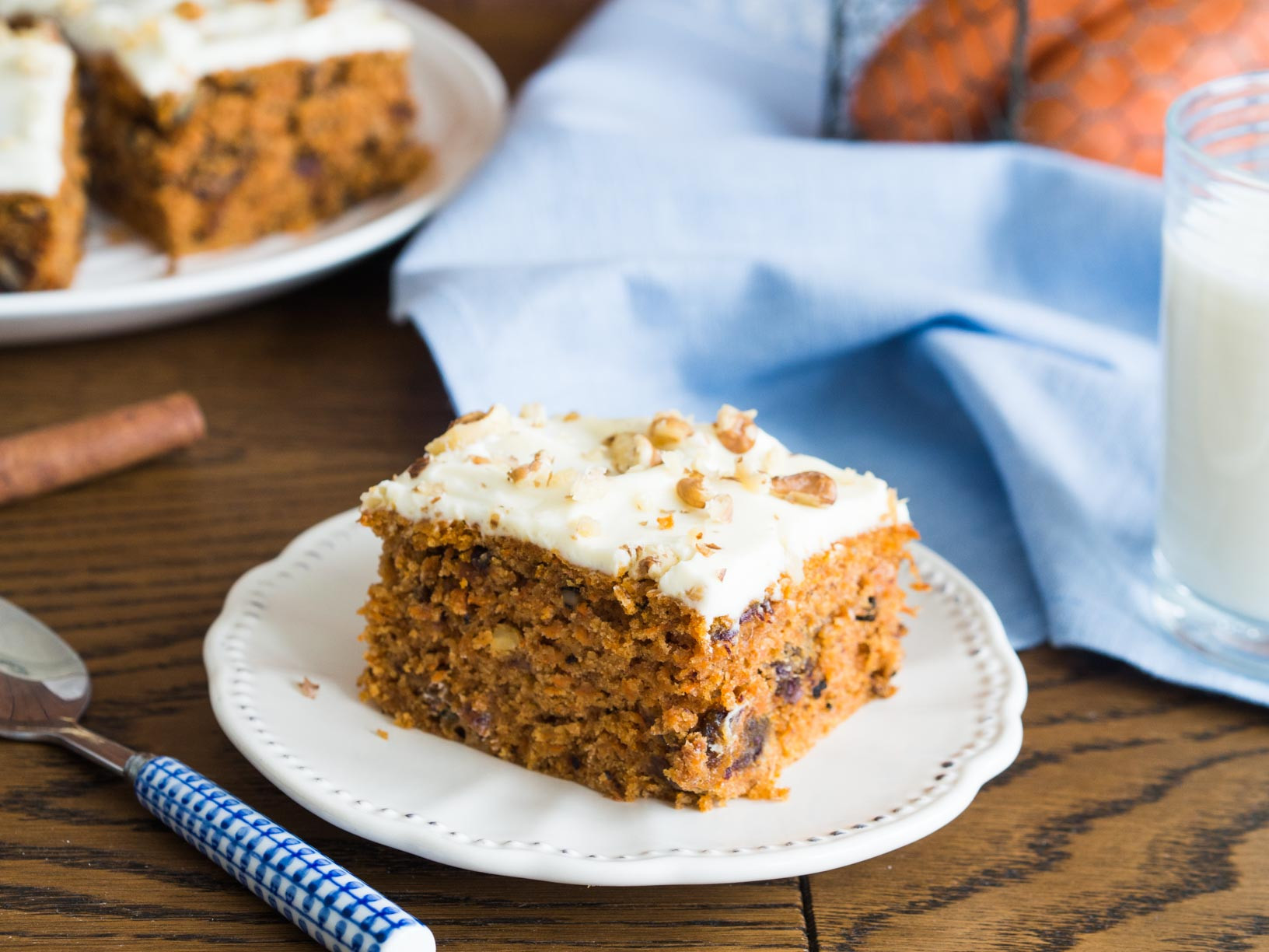 ciasto marchewkowe z daktylami