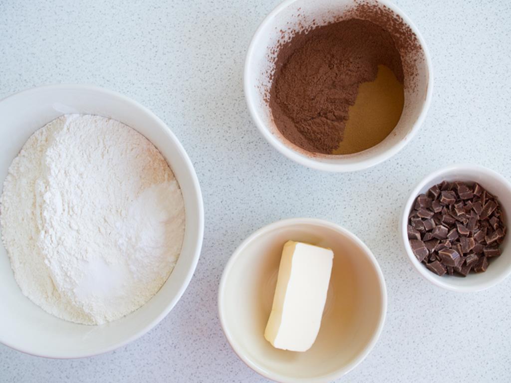 maka, kakao, masło, czekolada