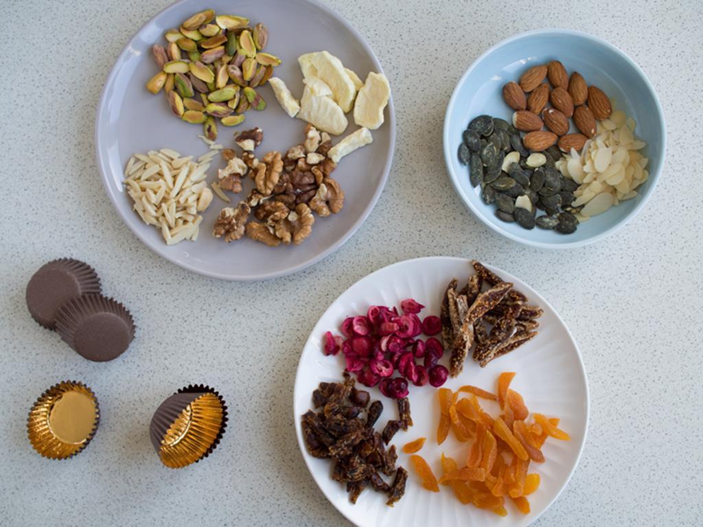 orzechy, suszone owoce, liofilizowane owoce