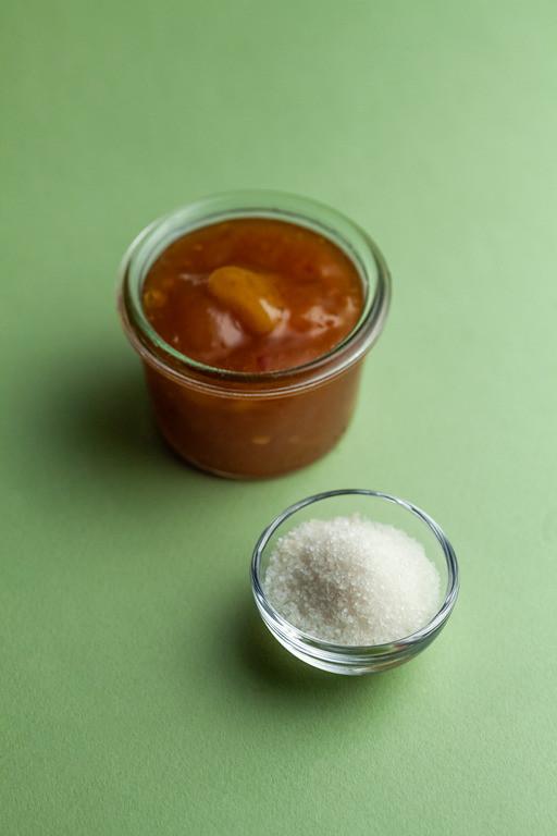 Cukier żelujący czyli mieszanka białego cukru wymieszanego z pektyną