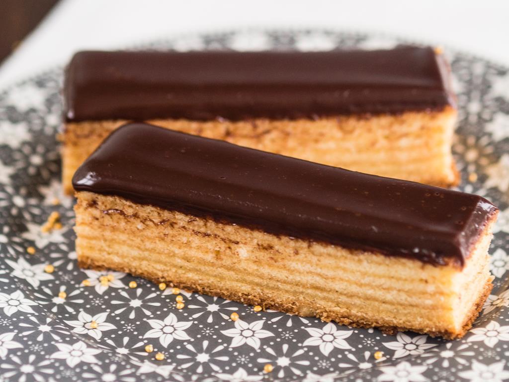 sękacz warstwowe ciasto z czekoladą