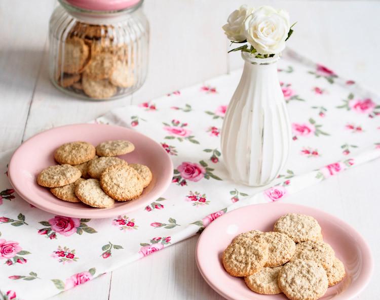 bezglutenowe ciasteczka z orzechów laskowych bez mąki