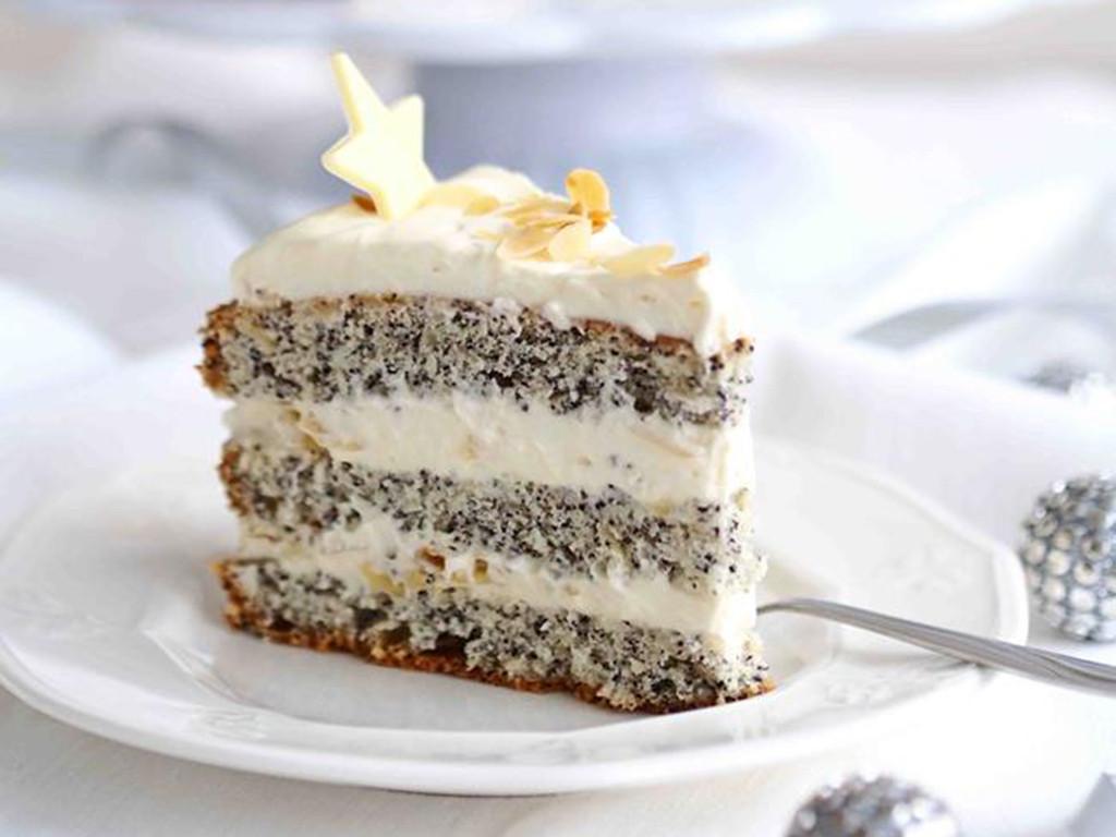 tort kutia z makiem, przełożony kremem