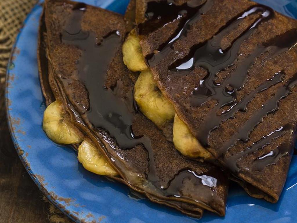 naleśniki czekoladowe z bananami