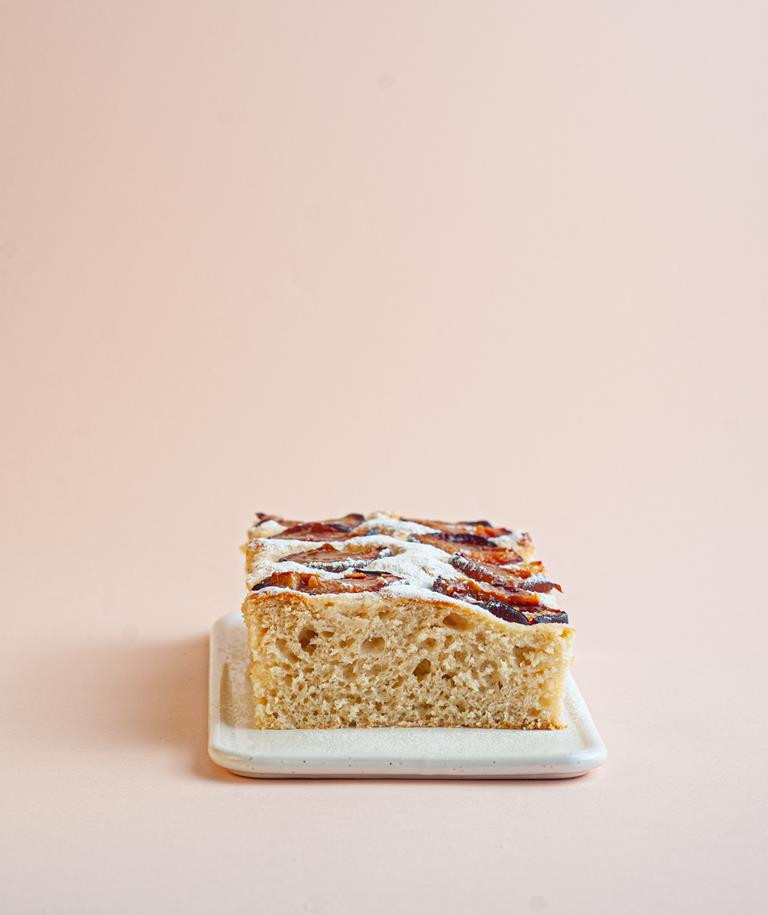 Ciasto drożdżowe ze śliwkami.