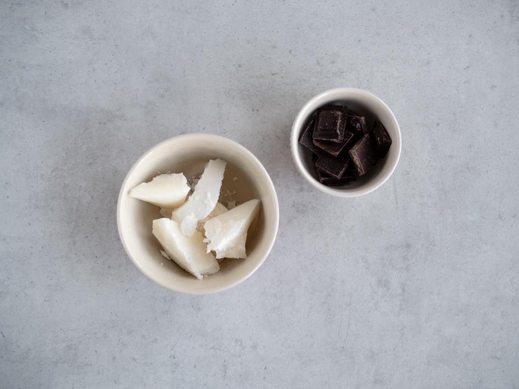 olej kokosowy, gorzka czekolada