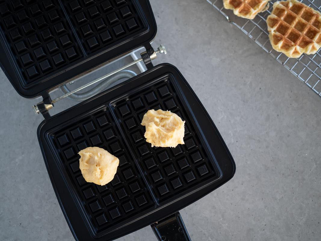 pieczenie gofrów z ciasta parzonego
