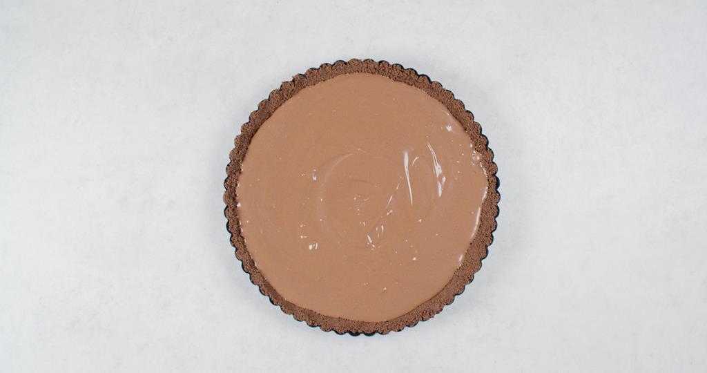 Spód ciasteczkowy do tarty wypełniony kremem czekoladowym