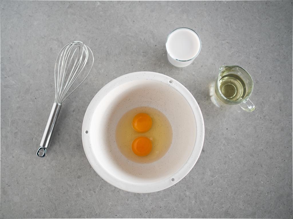 jajka, mleko migdałowe, olej