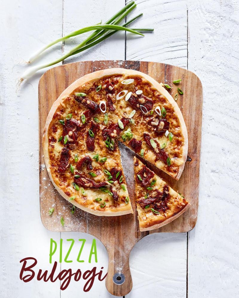 Pizza Bulgogi z Korei z wołowiną i cebulą dymką
