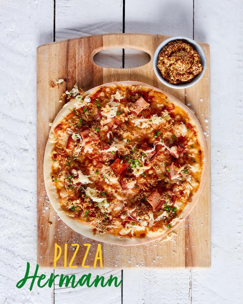 Pizza z Niemiec - Hermann z pieczenią rzymską i kiszoną kapustą