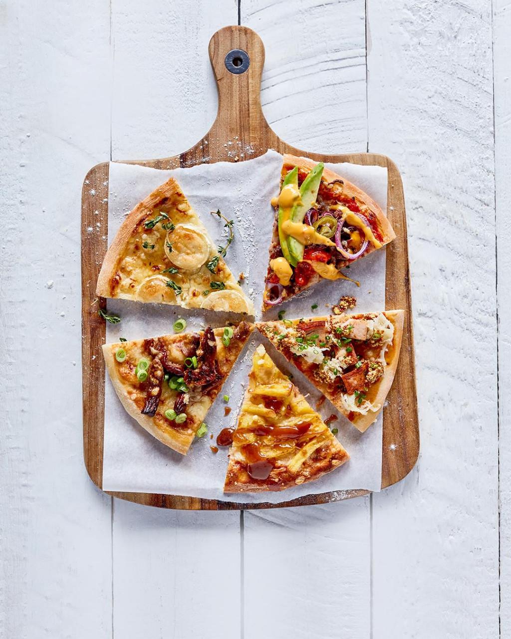 Kawałki pizzy z różnych stron świata - Wszystkiego Słodkiego