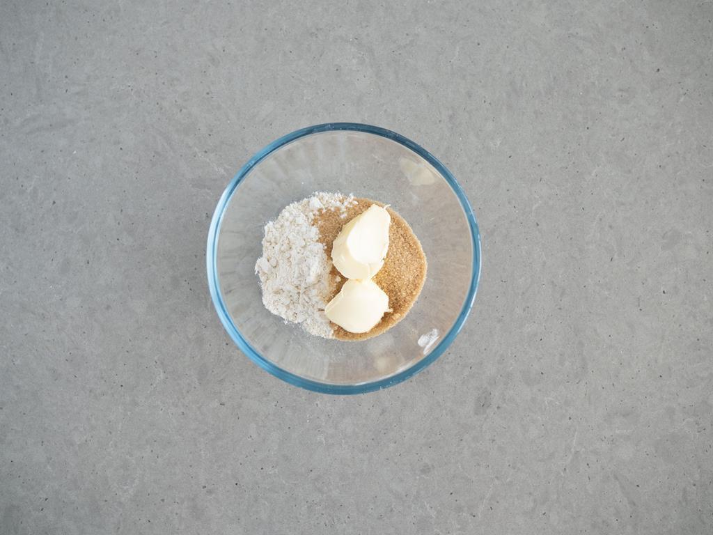 cukier, mąka orkiszowa, masło bez laktozy