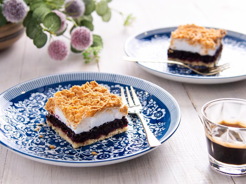 pleśniak - kruche ciasto z bezą do kawy - Wszystkiego Słodkiego