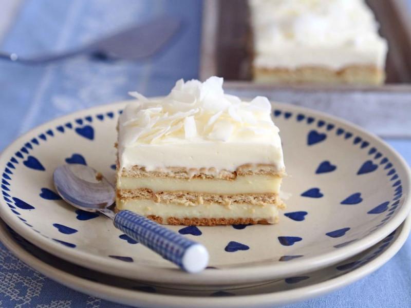 Ciasto rafaello z kremem z białą czekoladą