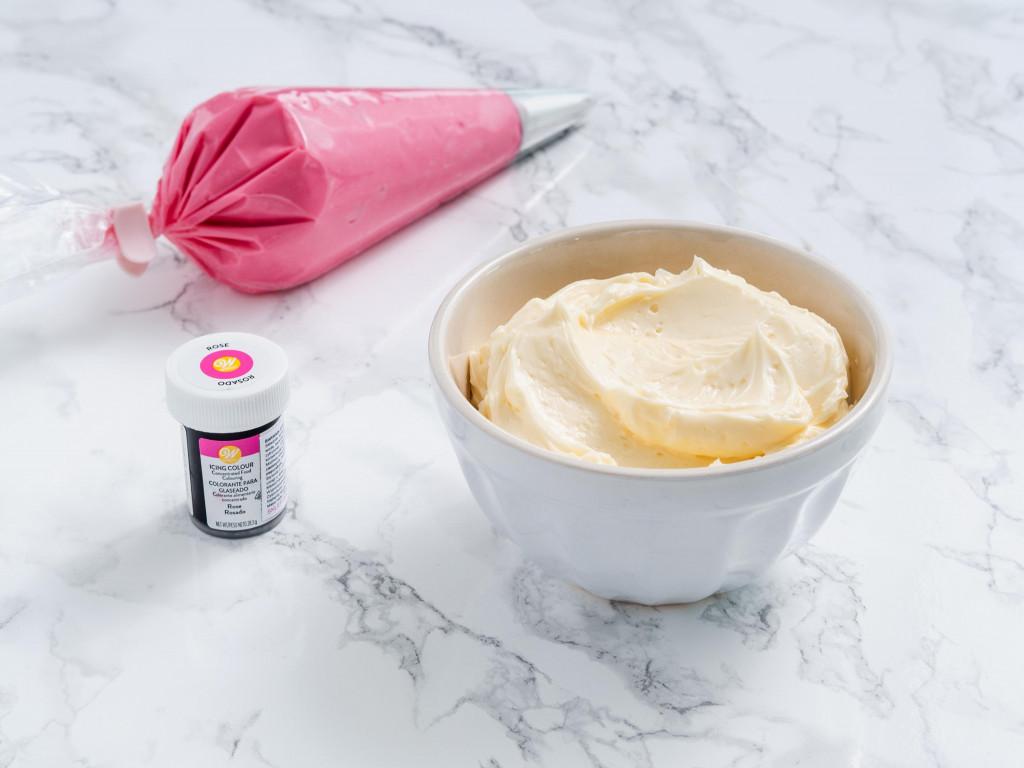 krem maślany z mlekiem skondensowanym do tortu i dekoracji - wszystkiego słodkiego