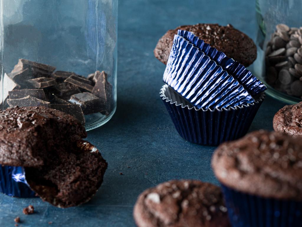 Metaliczne papilotki do muffinek i muffinki