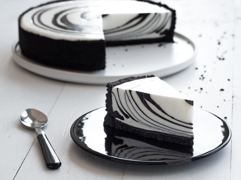 Sernik zebra na talerzyku - Wszystkiego Słodkiego